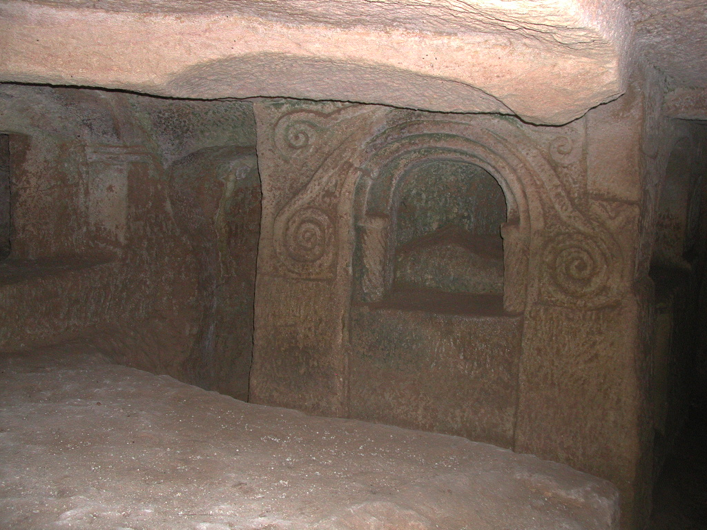 1_salina20catacombs009.jpg